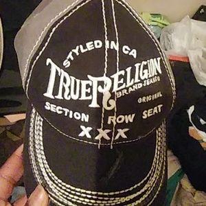 True religion hat n shirt